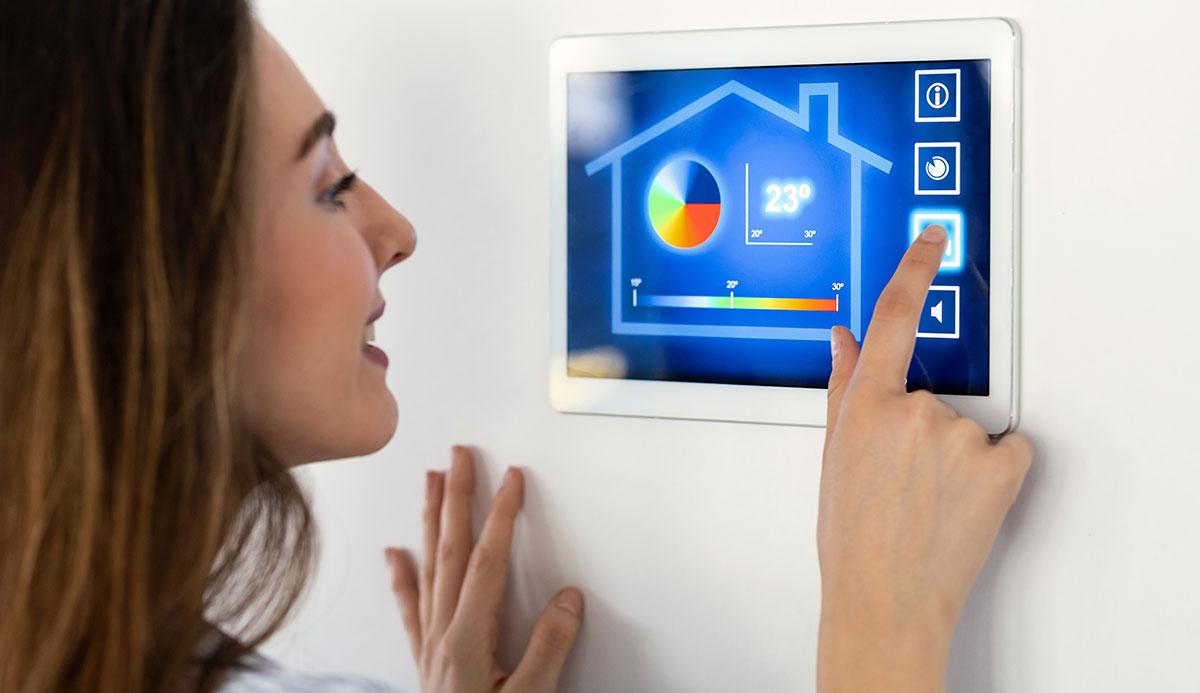 5 dispositivos IoT indispensables para tu hogar inteligente
